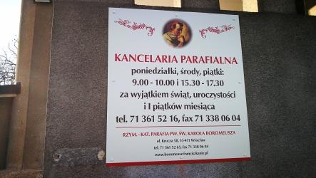 Parafia pw. Karola Boromeusza, Wrocław, tablica informacyjna
